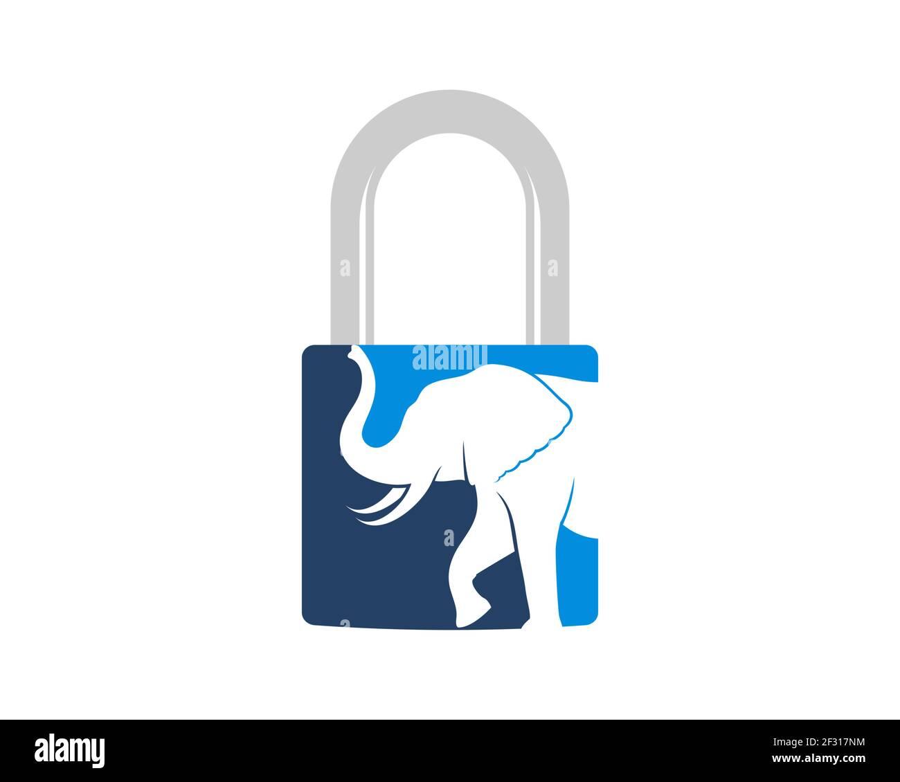 Candado con elefante caminando en el interior Foto de stock