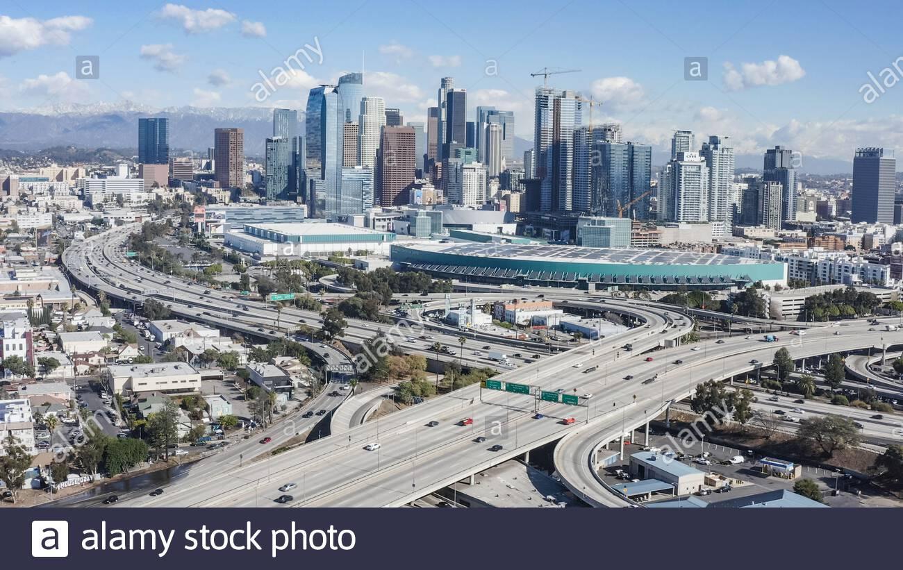 Centro de los Angeles, las autopistas 110 y 10 del Sur - Sur de los Angeles, los Angeles, California, Estados Unidos (EE.UU.) Foto de stock