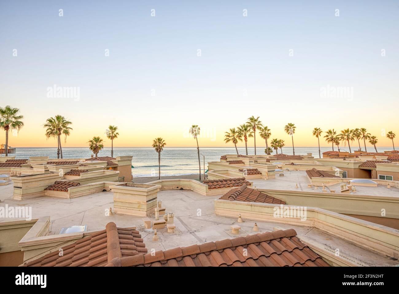 Vista de la costa en una mañana de invierno. Oceanside, California, Estados Unidos. Foto de stock