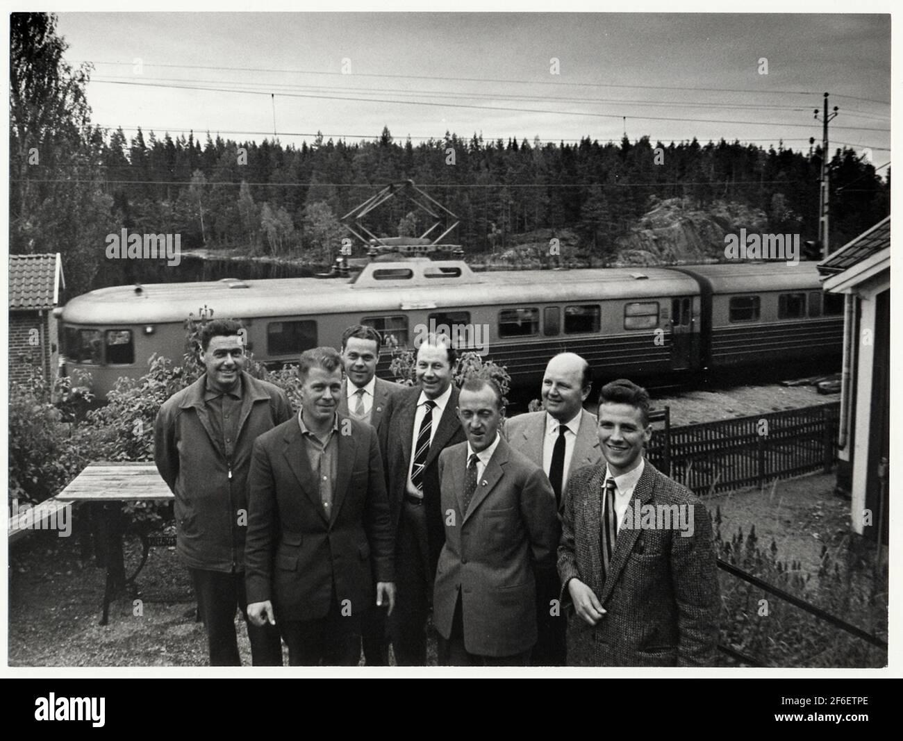 Foto de grupo en Harsjön, cabina de banquete utilizada como granja recreativa. Foto de stock