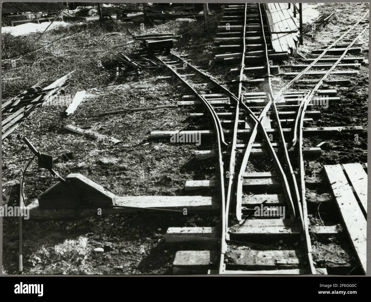 Decauvilles en el trabajo de mantenimiento de la ruta entre Harsjön y Bälgviken en 1967. Foto de stock