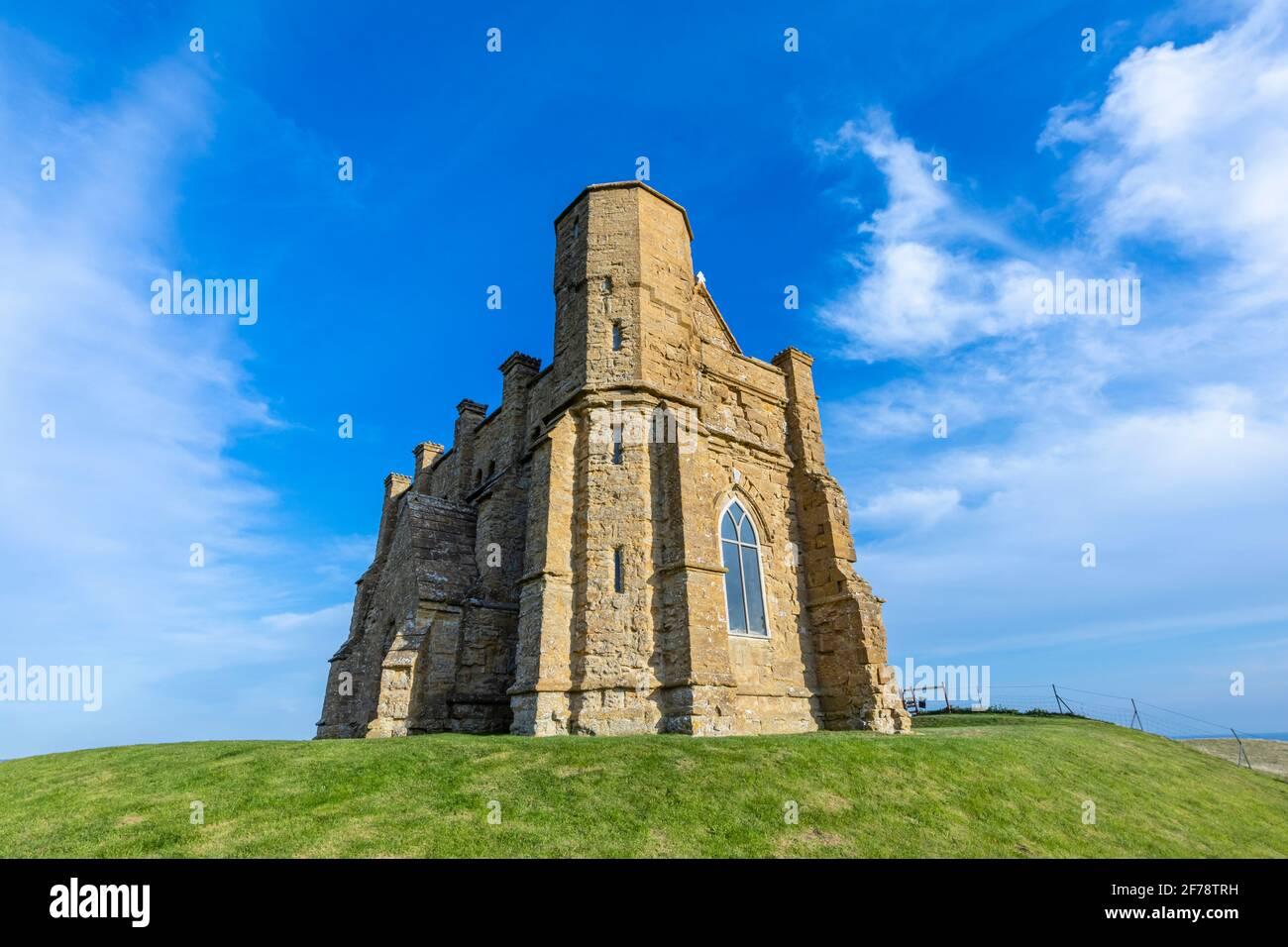 Capilla de Santa Catalina, una pequeña capilla en una colina sobre el pueblo de Abbotsbury en Dorset, al suroeste de Inglaterra, dedicada a Santa Catalina de Alejandría Foto de stock