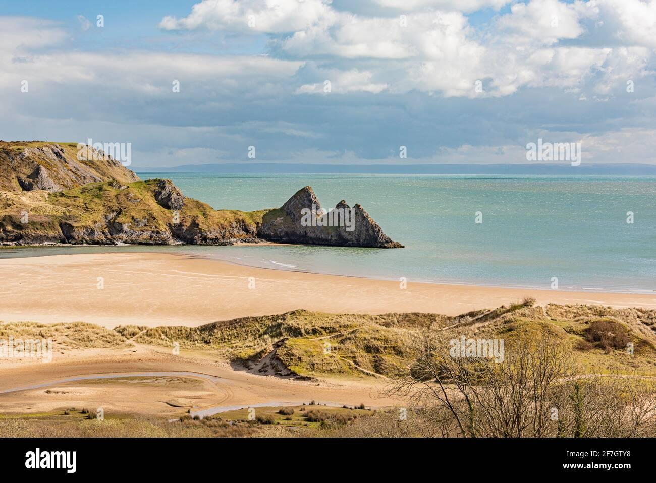 Principios de verano en Three Cliffs Bay Foto de stock