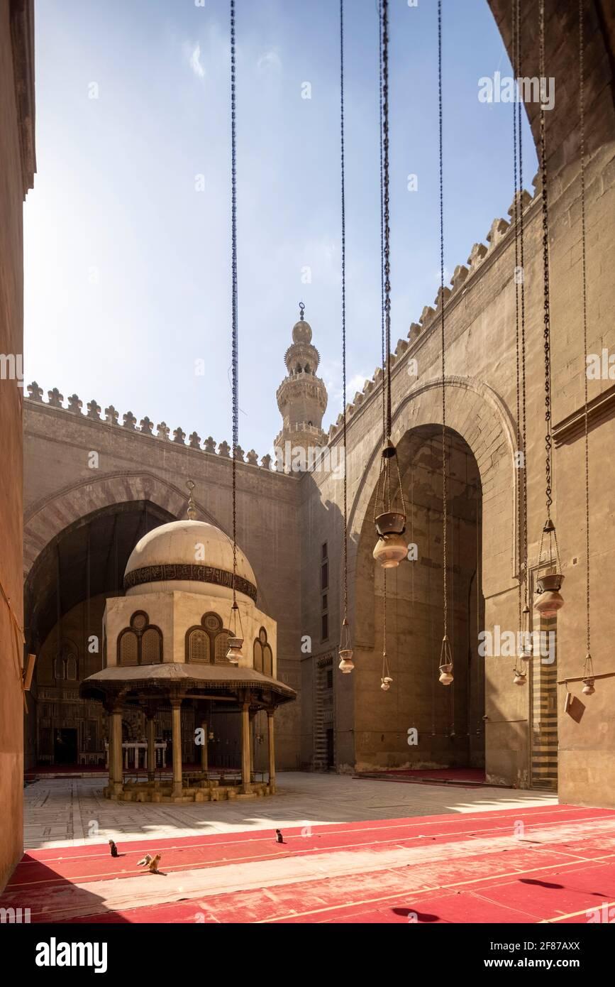 Complejo Sultan Hasan, El Cairo Foto de stock