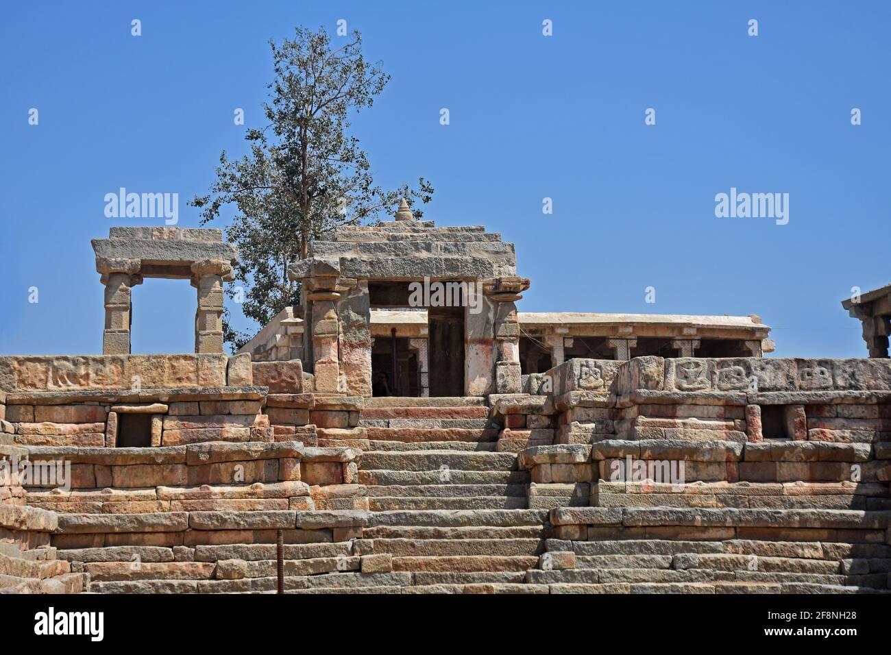 Antigua ciudad de Vijayanagara, Hampi, Karnataka, India, declarada Patrimonio de la Humanidad por la UNESCO Foto de stock