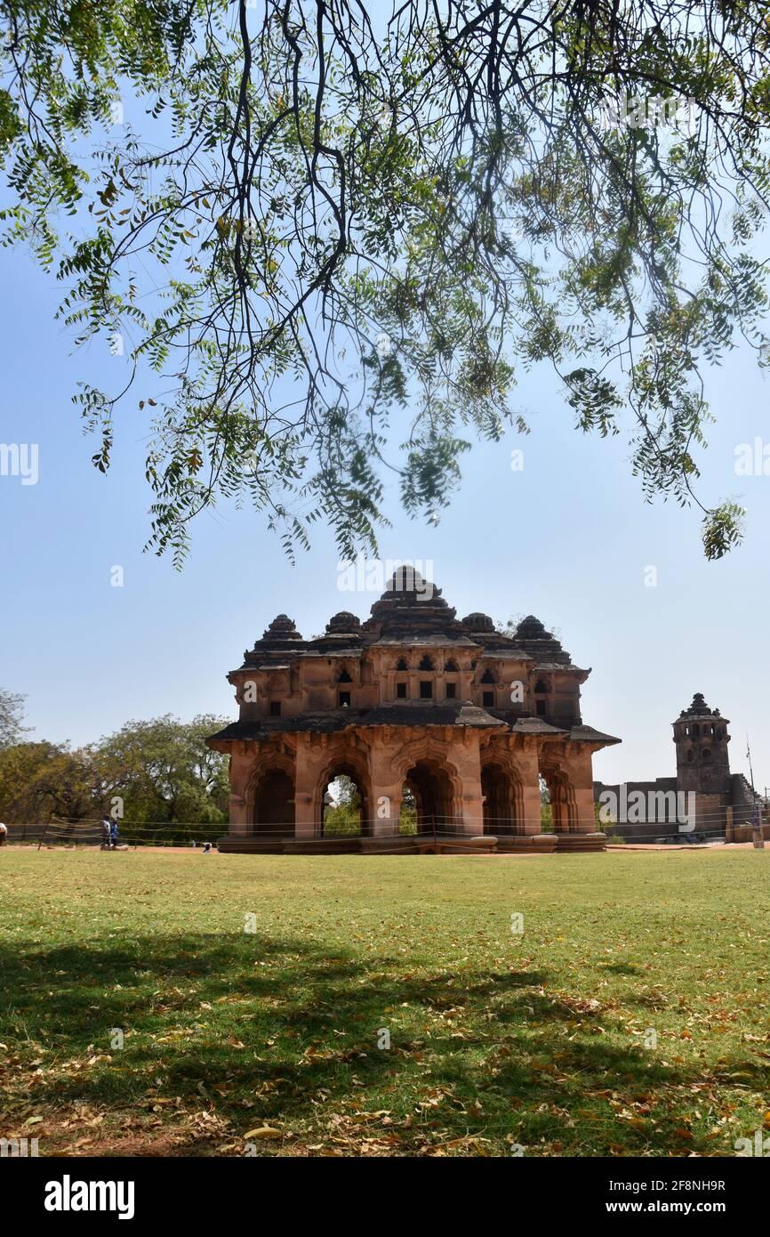 Lotus Mahal Royal Centre Hampi, Karnataka, India Foto de stock