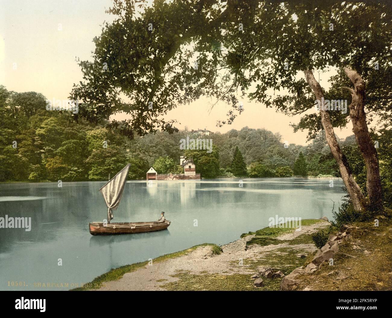 Sharpham en el río Dart en Devon alrededor de 1890-1900 Foto de stock