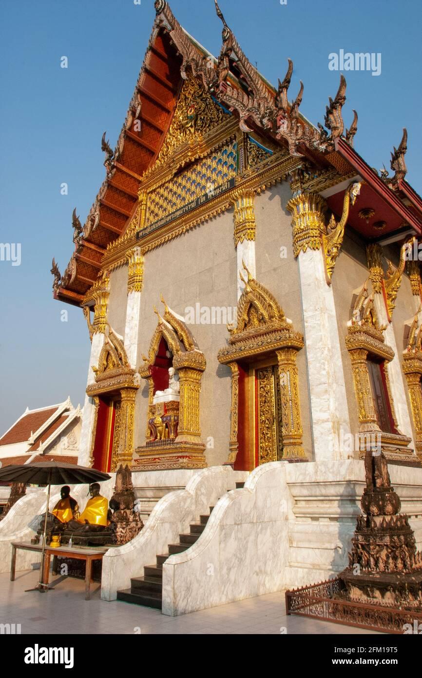 El Buda Reclinante del Templo de Wat Pho en Bangkok. El templo fue fundado en el siglo 16th Foto de stock