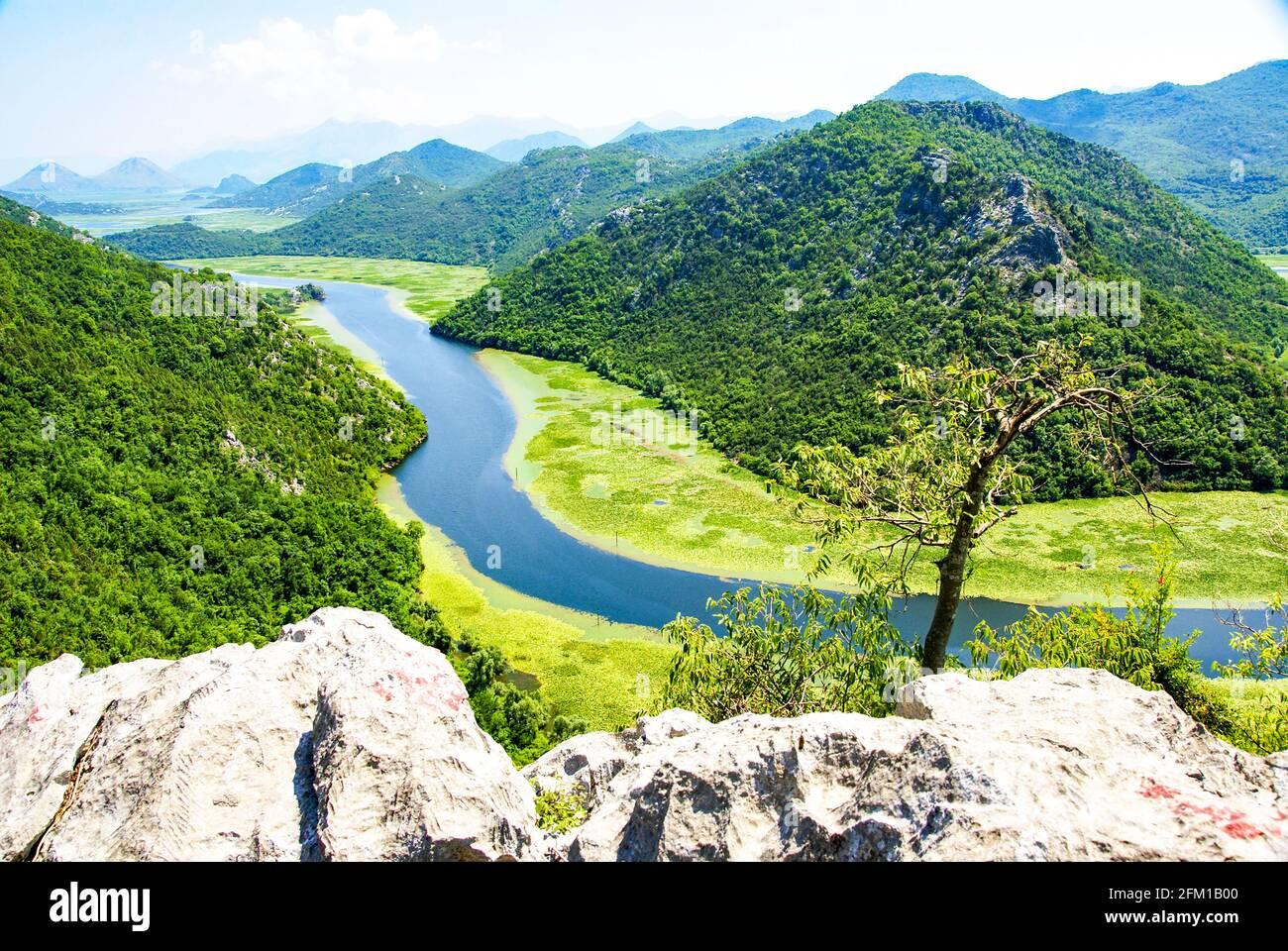 Río Crnojevic, Montenegro Foto de stock