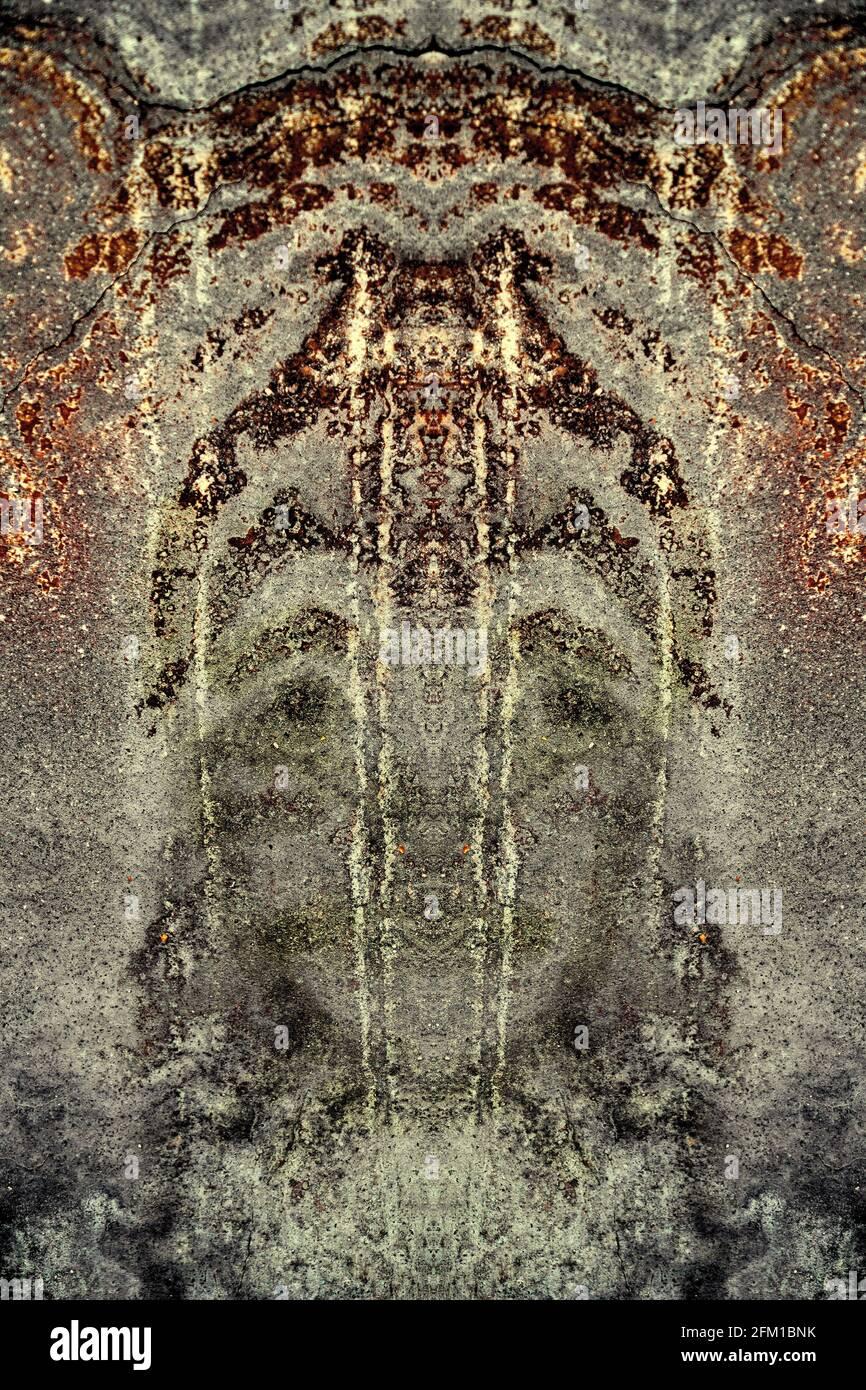 Pareidolia es la tendencia a la percepción incorrecta de un estímulo como un objeto, patrón o significado conocido por el observador, como ver formas en clo Foto de stock