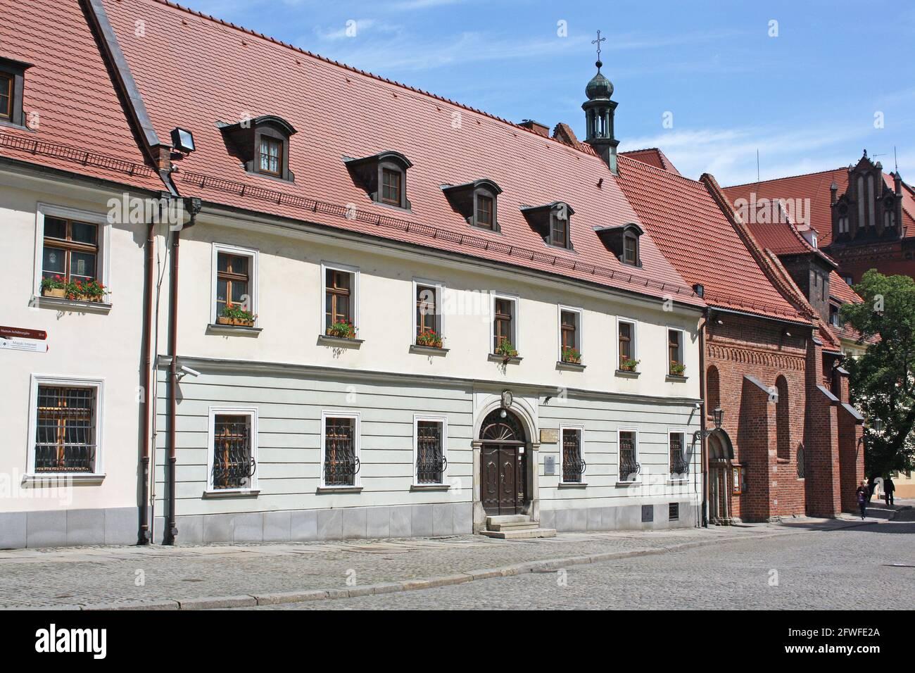 Antigua sede del Vice-Custodio de la Capilla Catedral y Guardián de Ostrów Tumski, Isla Catedral, Wroclaw, Polonia Foto de stock