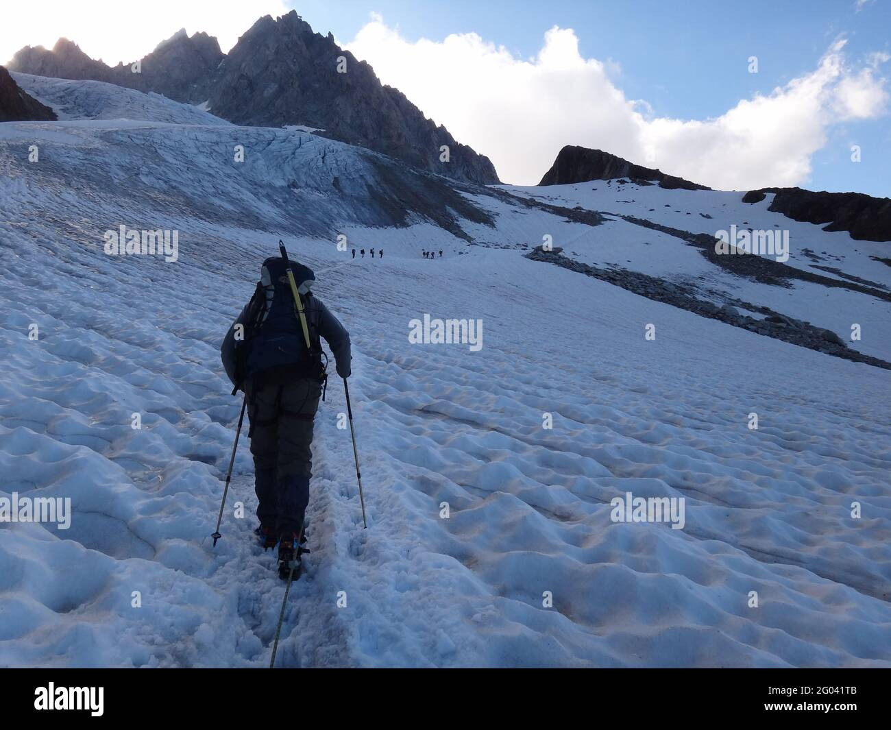 CHAMONIX, FRANCIA - 11 de agosto de 2012: Cruzando los Alpes de Chamonix a Zermatt Foto de stock