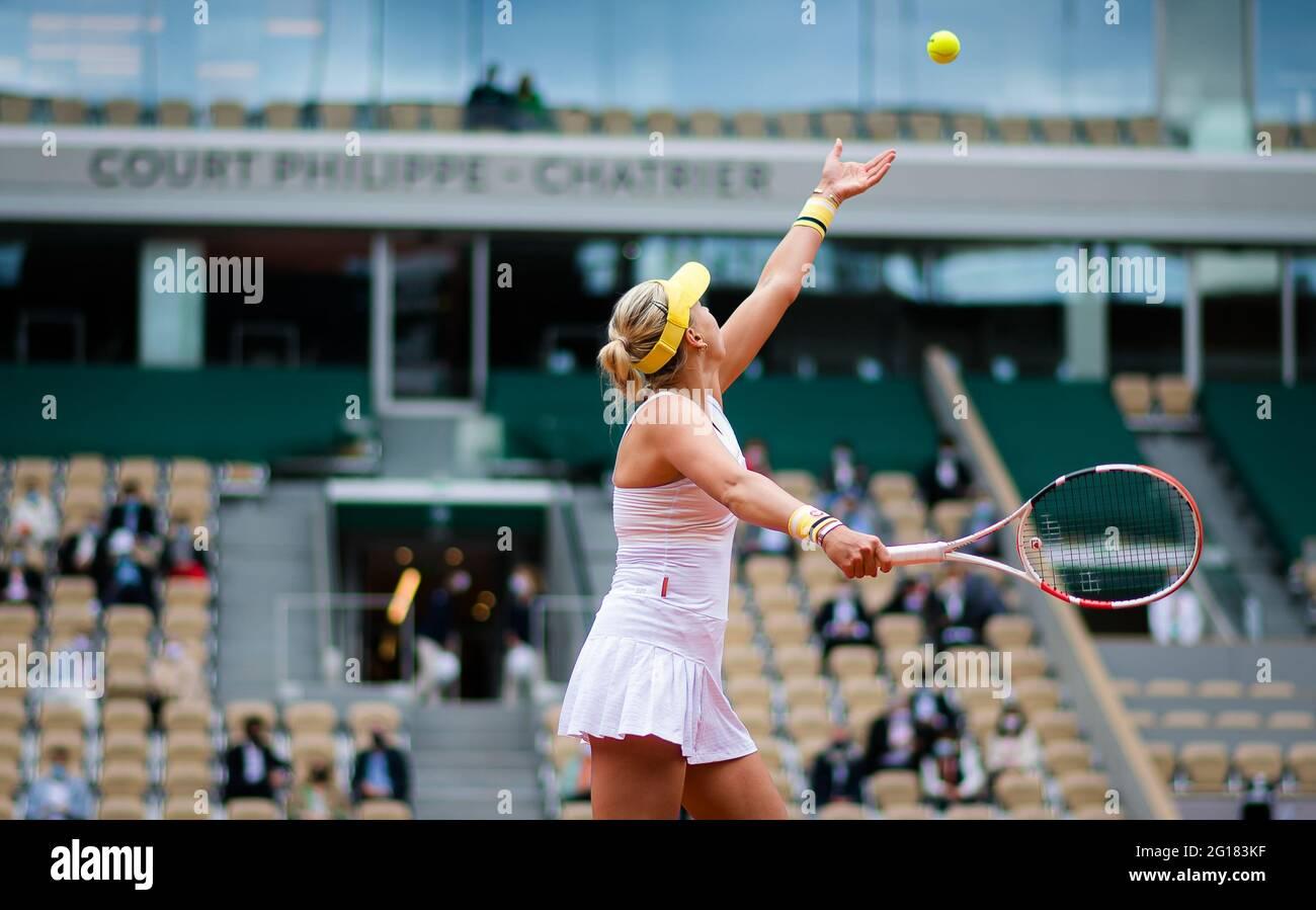 Anet Kontaveit de Estonia durante el Roland-Garros 2021, torneo de tenis Grand Slam el 5 de junio de 2021 en el estadio Roland-Garros de París, Francia - Foto Rob Prange / España DPPI / DPPI / LiveMedia Foto de stock