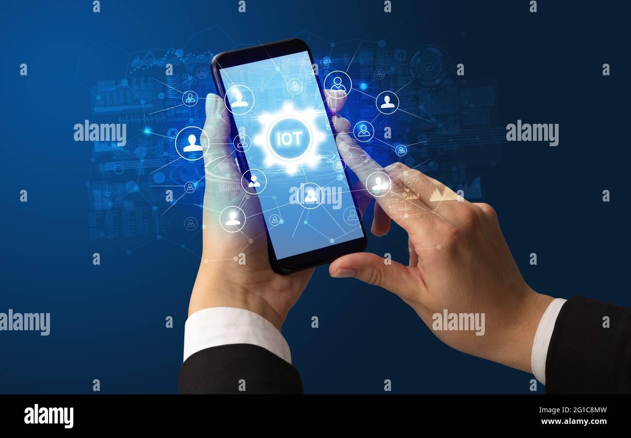 Uso de smartphone con concepto de tecnología Foto de stock
