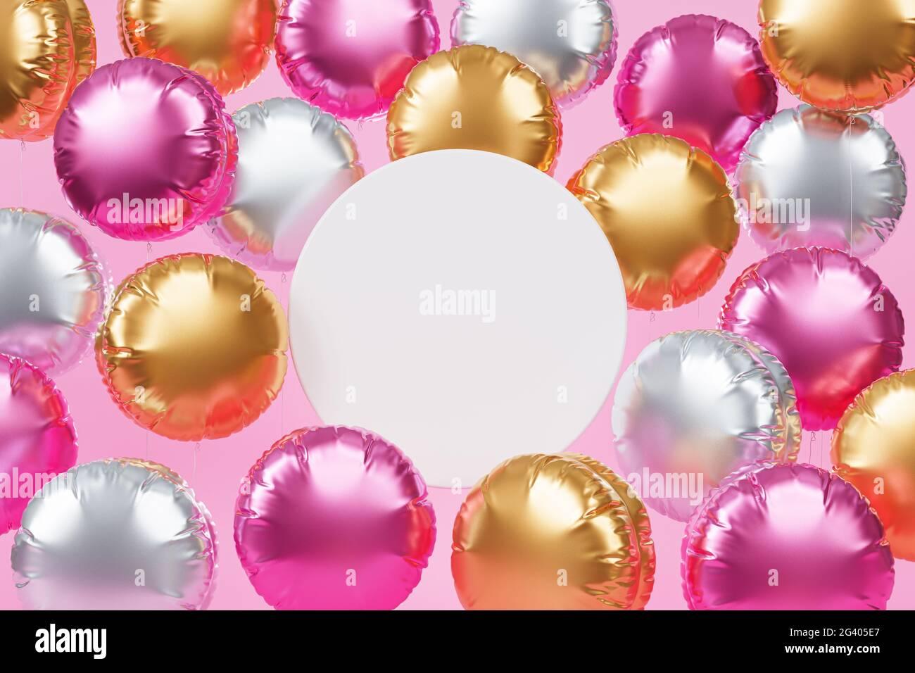 Brillantes globos coloridos con espacio de copia, fondo rosa para fiestas, cumpleaños, celebraciones o vacaciones, 3D render realista Foto de stock