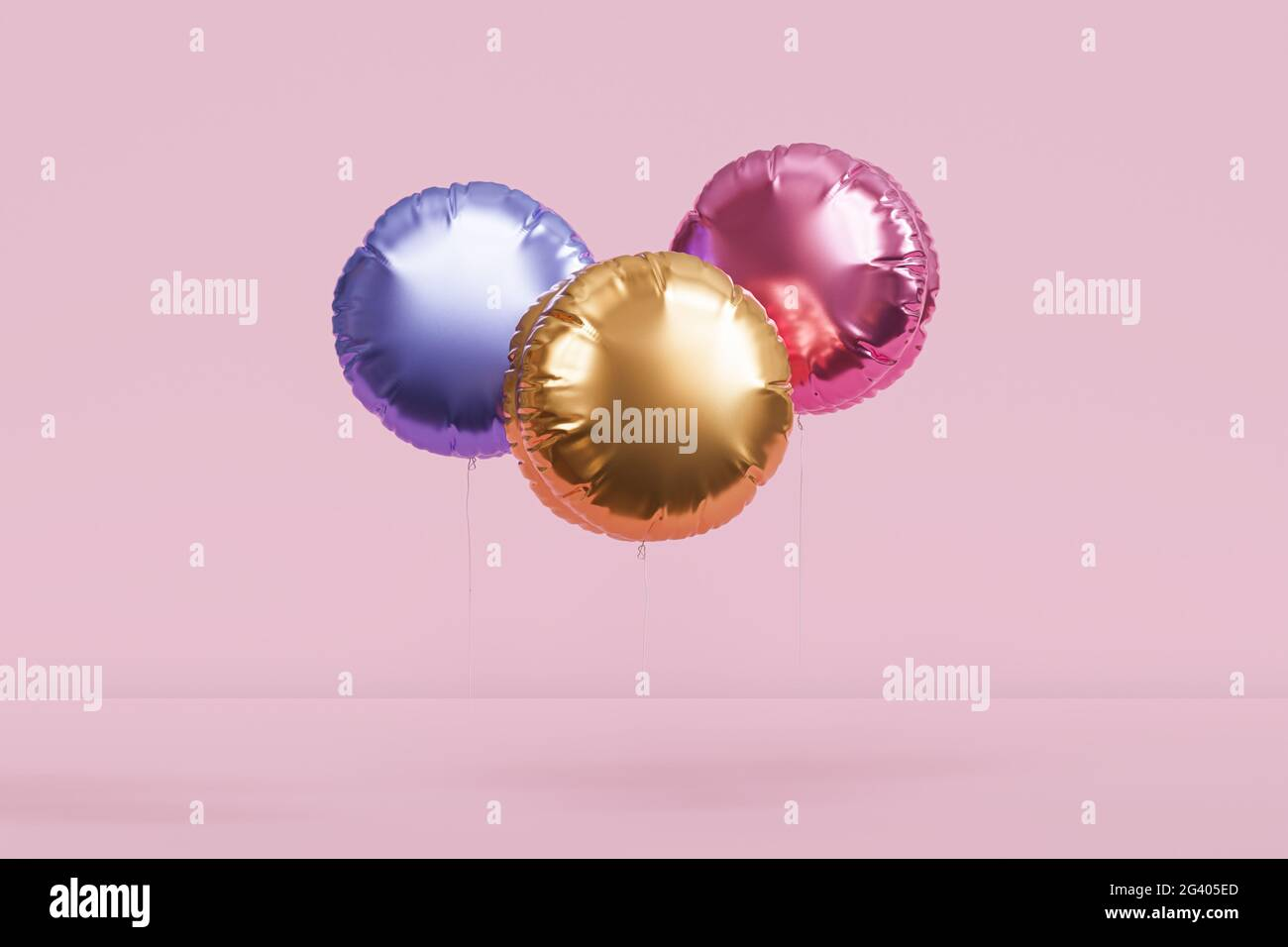 Brillantes globos de colores, fondo rosa para fiestas, cumpleaños, celebraciones o vacaciones, 3D render realista Foto de stock