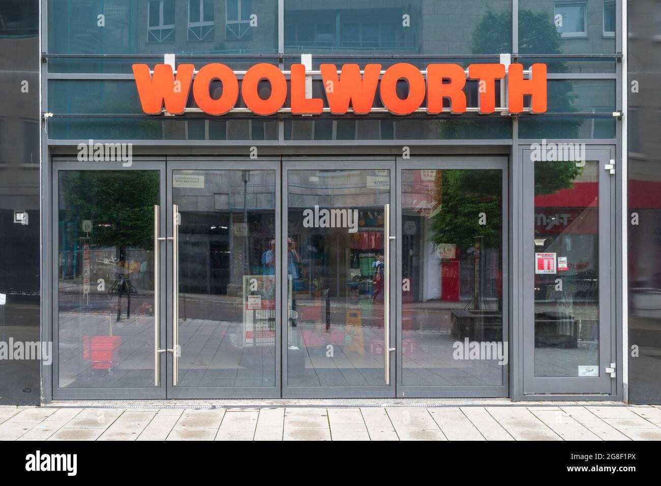 Filiale der Firma WOOLWORTH en Kempten Foto de stock
