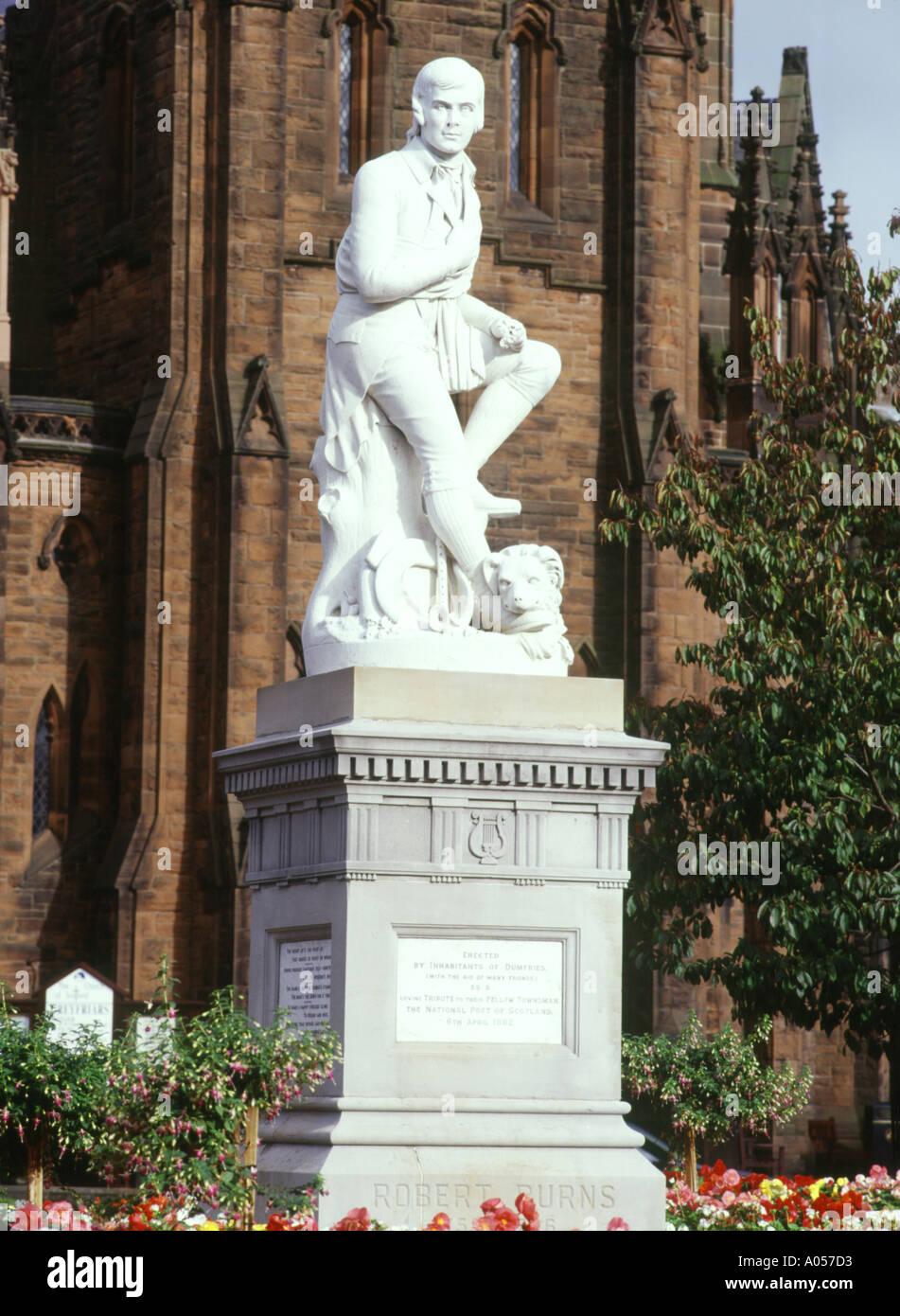 dh Robert Burns DUMFRIES GALLOWAY Estatua de Robbie Poeta bard figuras escocesas históricas monumentos de escocia Foto de stock