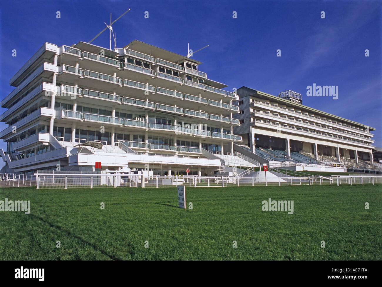"""Epsom ^Racecourse ^Tribuna, 'Epsom Downs, Surrey ^'' Imagen De Stock"