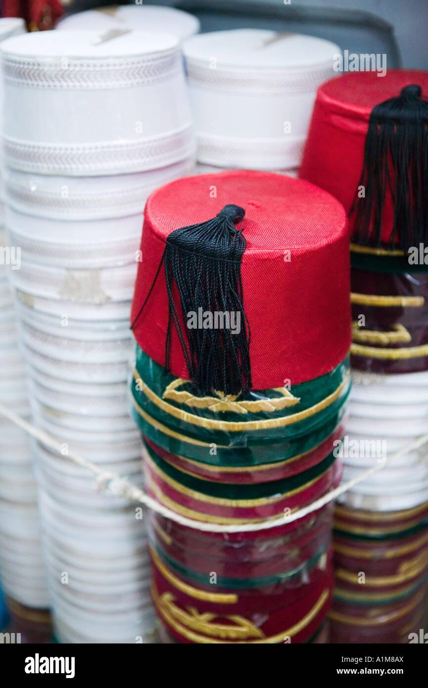 8d31eda866413 Fez Hats Imágenes De Stock   Fez Hats Fotos De Stock - Alamy