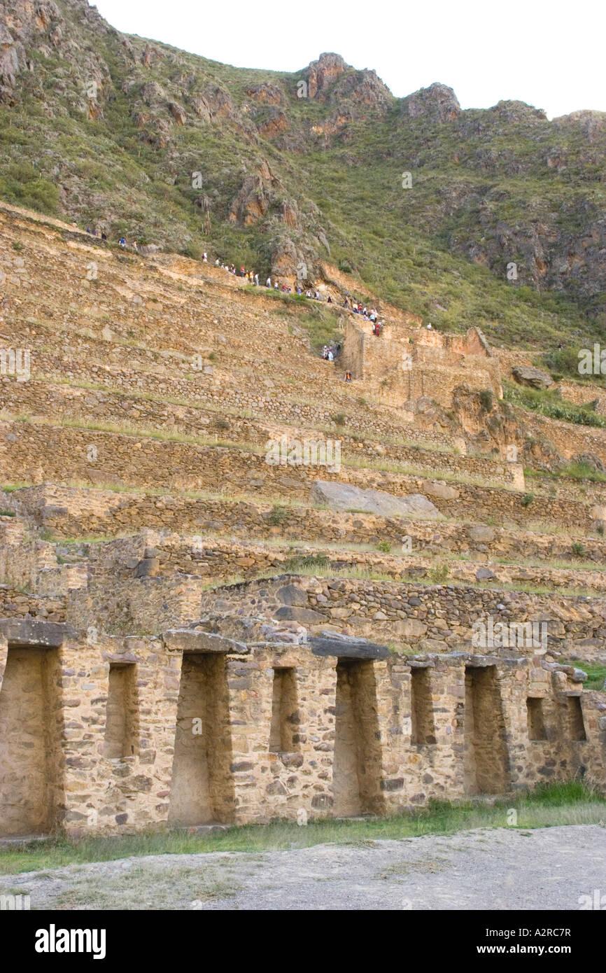 Ruinas Incas En Ollantaytambo Perú Templo De Las Diez