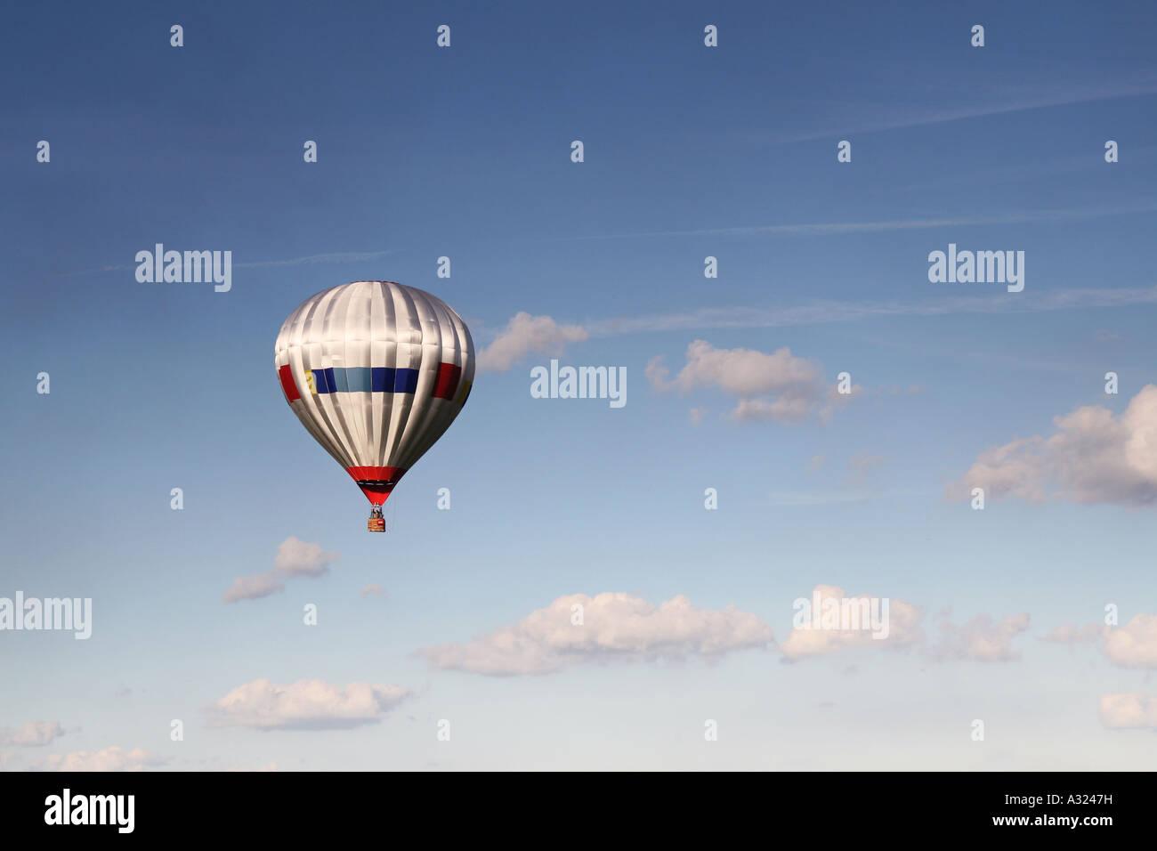 Plata en globo de aire caliente Imagen De Stock