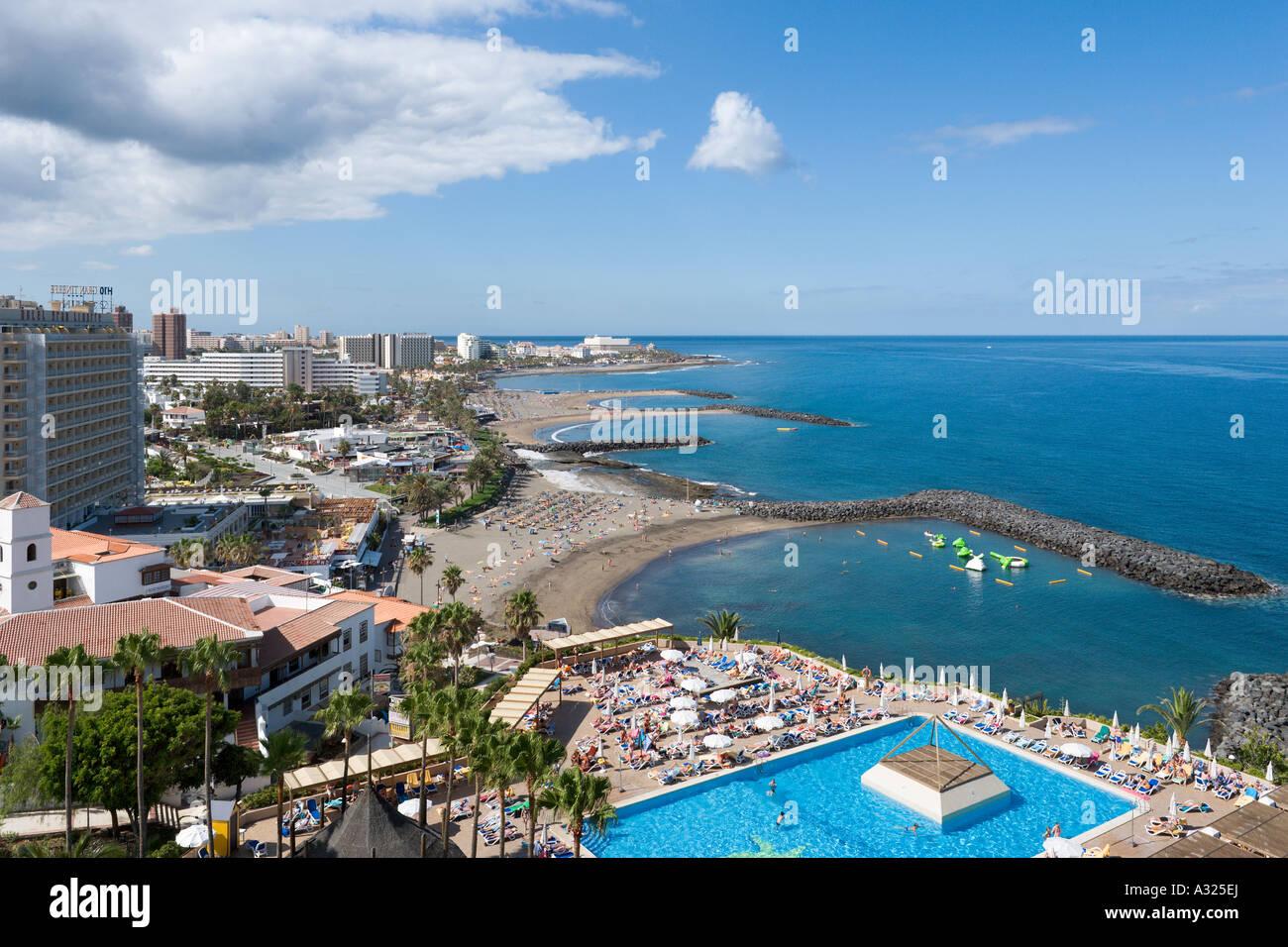 Vista hacia el sur desde el Hotel Iberostar Bouganville Playa, Playa de las Americas, Tenerife, Islas Canarias, Imagen De Stock
