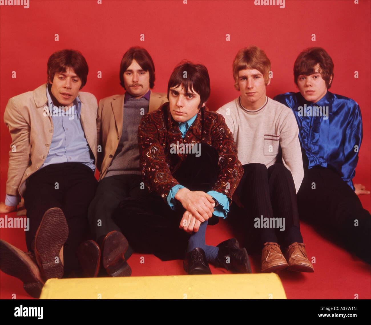 STATUS QUO grupo británico en 1968 de l: Roy Lynes, Francis Rossi, John Coughlan, Rick Parfit, Alan Lancaster. Foto Tony Gale Foto de stock