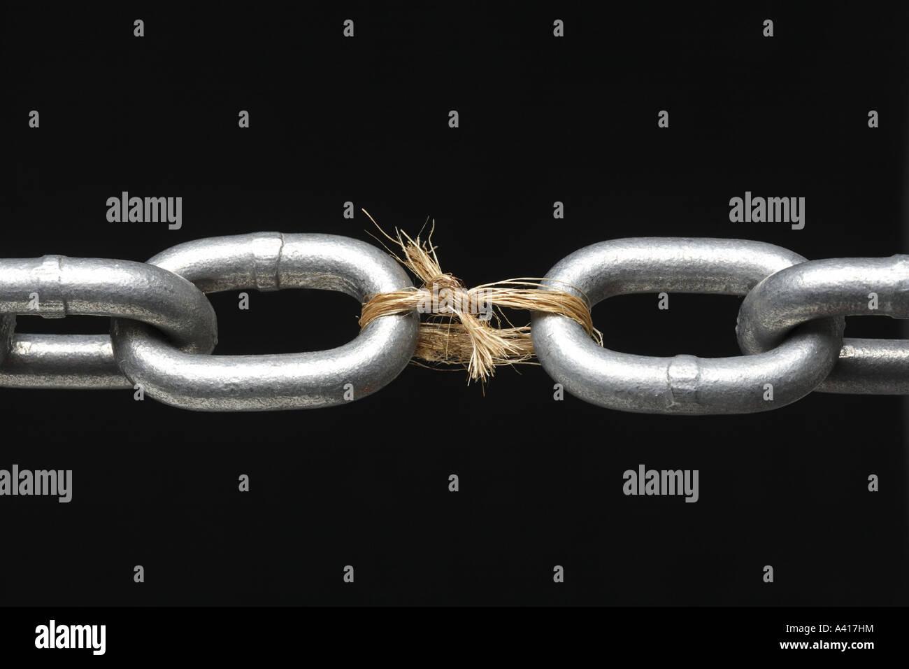 Eslabón más débil en la cadena Imagen De Stock