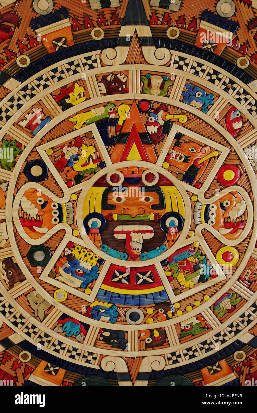 Calendario Azteca Hechas De Pequeñas Piezas De Madera Color México
