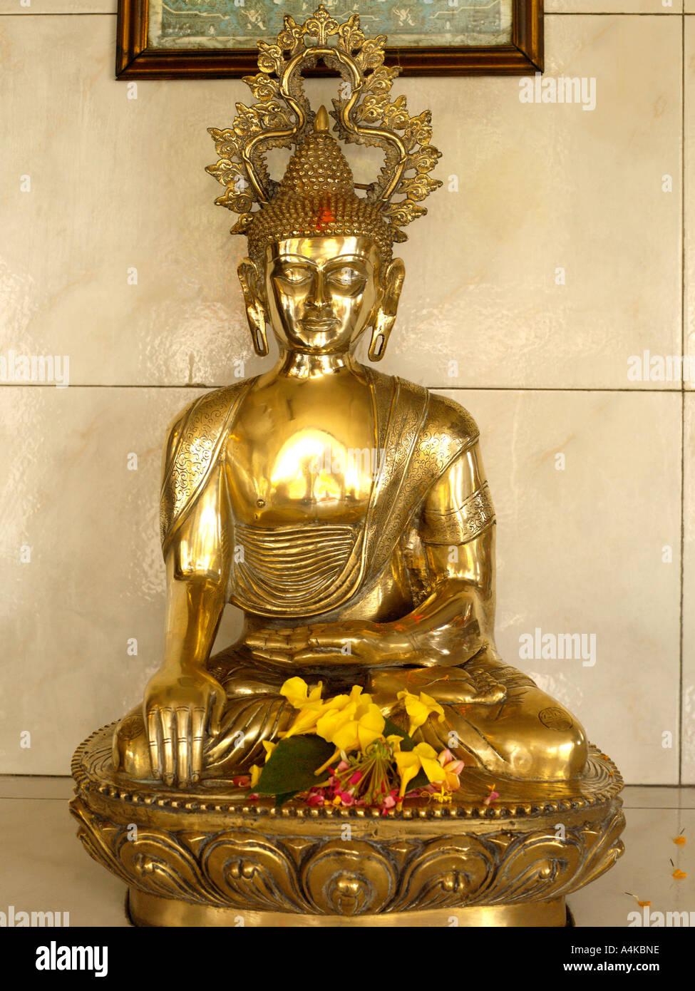 Ganga Talao Grand Bassin, Mauricio Buda en un templo hindú Imagen De Stock