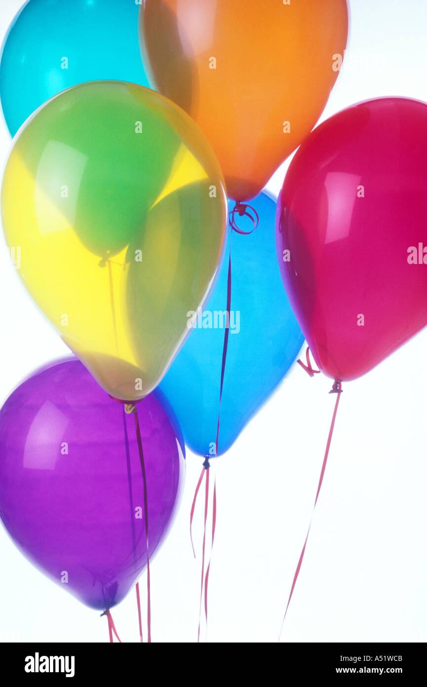Un grupo de globos de colores Imagen De Stock