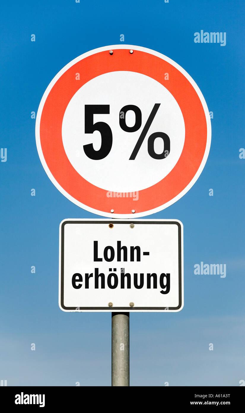 5 por ciento de aumento en los salarios Imagen De Stock