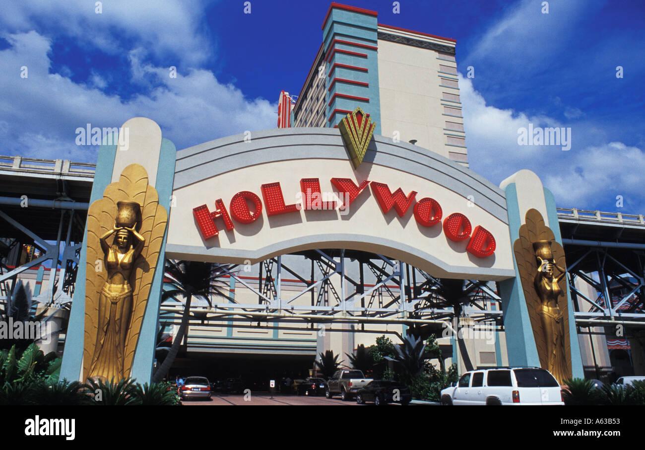 Hollywood casino and shreveport trump casino of hammond