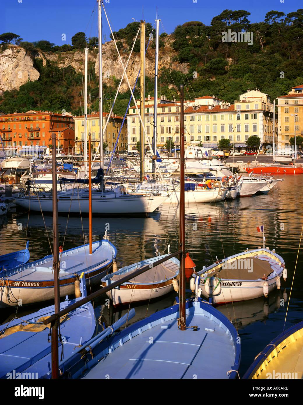 FR - COTE D'Azur: el puerto de Niza Imagen De Stock