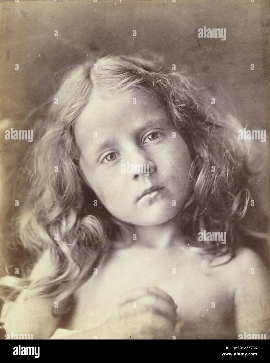El aniversario, foto por Julia Margaret Cameron. Gran Bretaña, a finales del siglo 19. Imagen De Stock