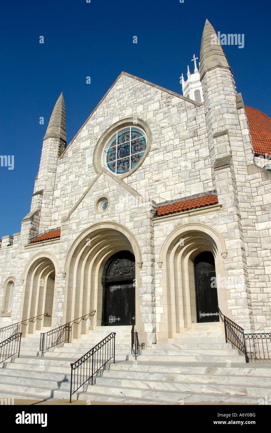 Primera Iglesia Bautista fundada en 1829 en el centro histórico de la ciudad de Montgomery, Alabama al. Foto de stock