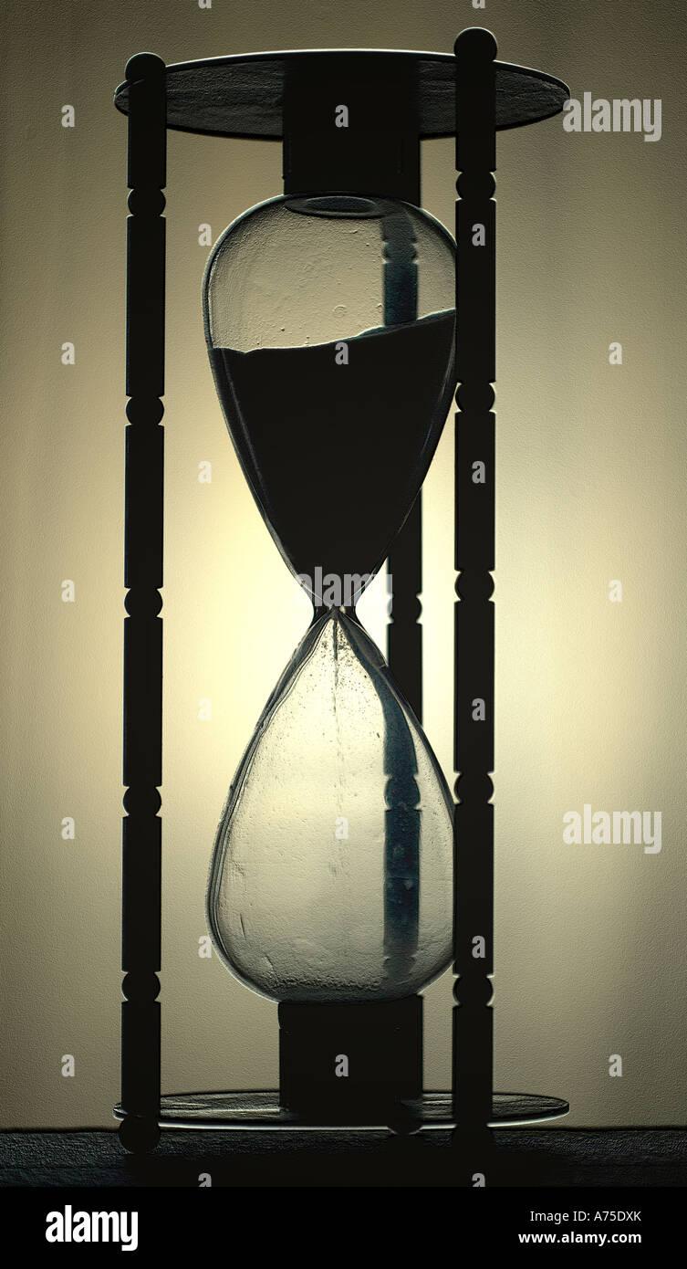 Concepto de tiempo del reloj de arena Imagen De Stock