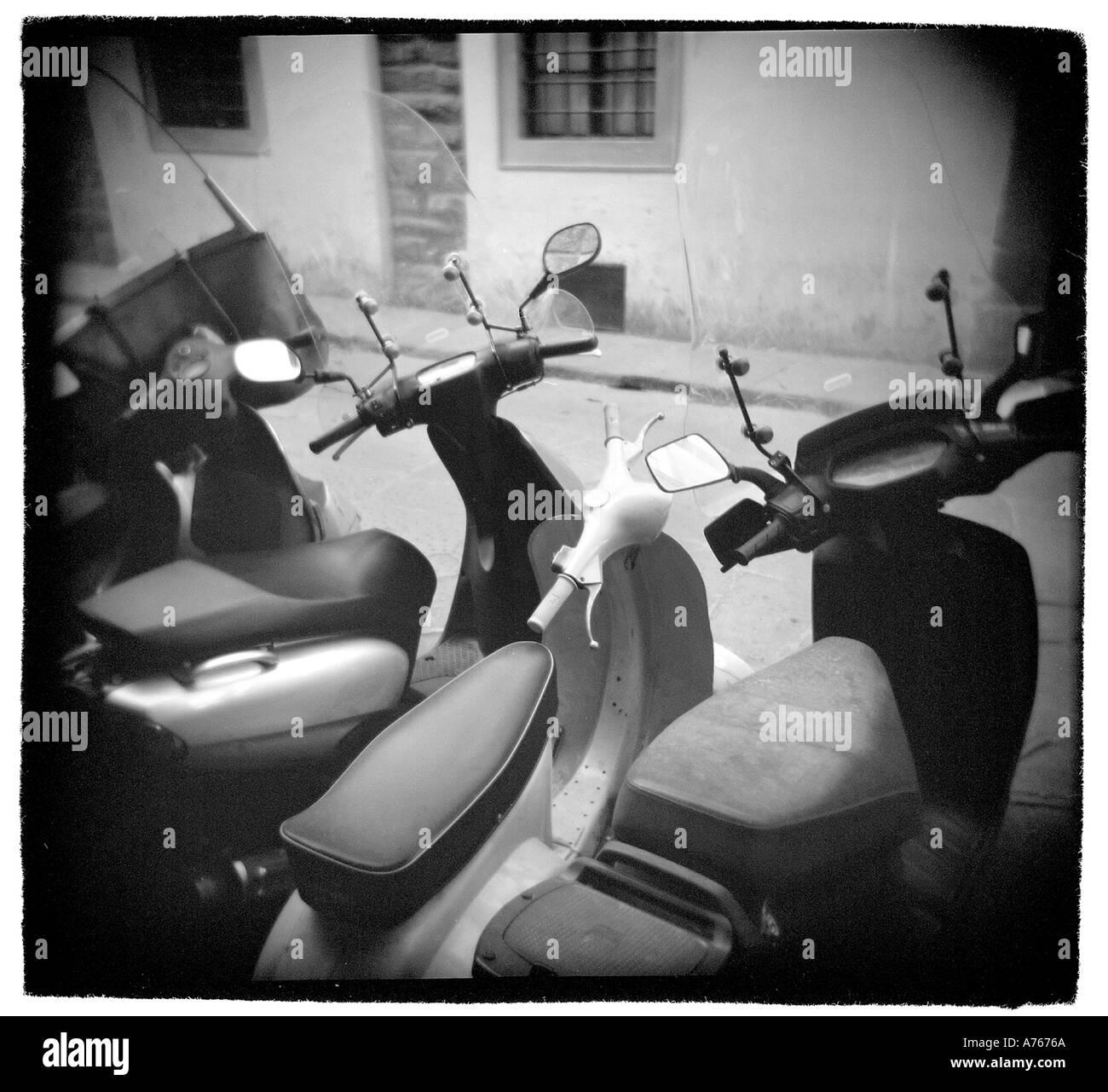 Motos en Florencia Italia Imagen De Stock