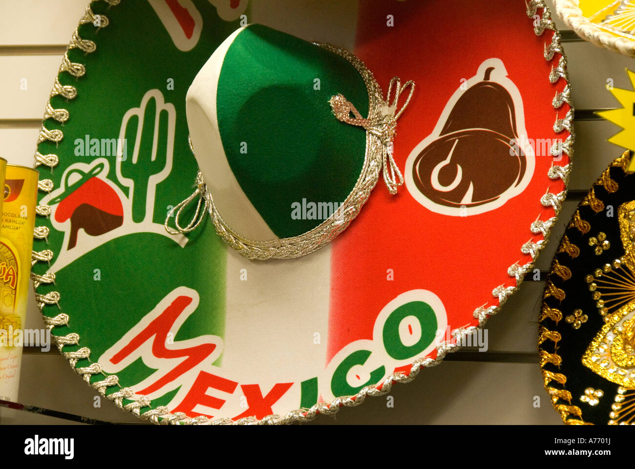 Sombrero Mexico Souvenirs Hat Imágenes De Stock   Sombrero Mexico ... 319969cd4a0