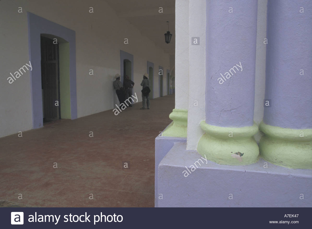 Como Decorar Una Columna Free Columnas De Ducha Sensacional Best - Como-decorar-columnas
