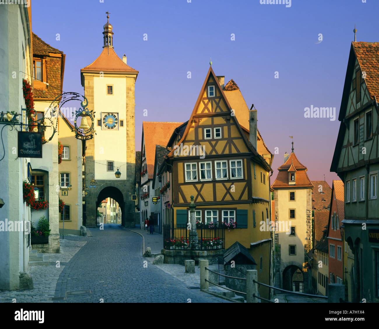 DE - Baviera: Plönlein a Rothenburg-ob-der-Tauber Imagen De Stock