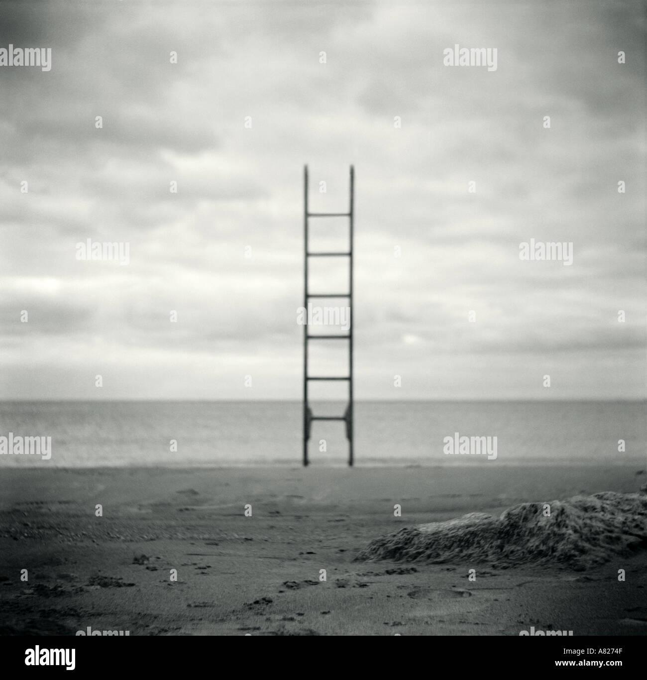 Escalera en la playa Imagen De Stock