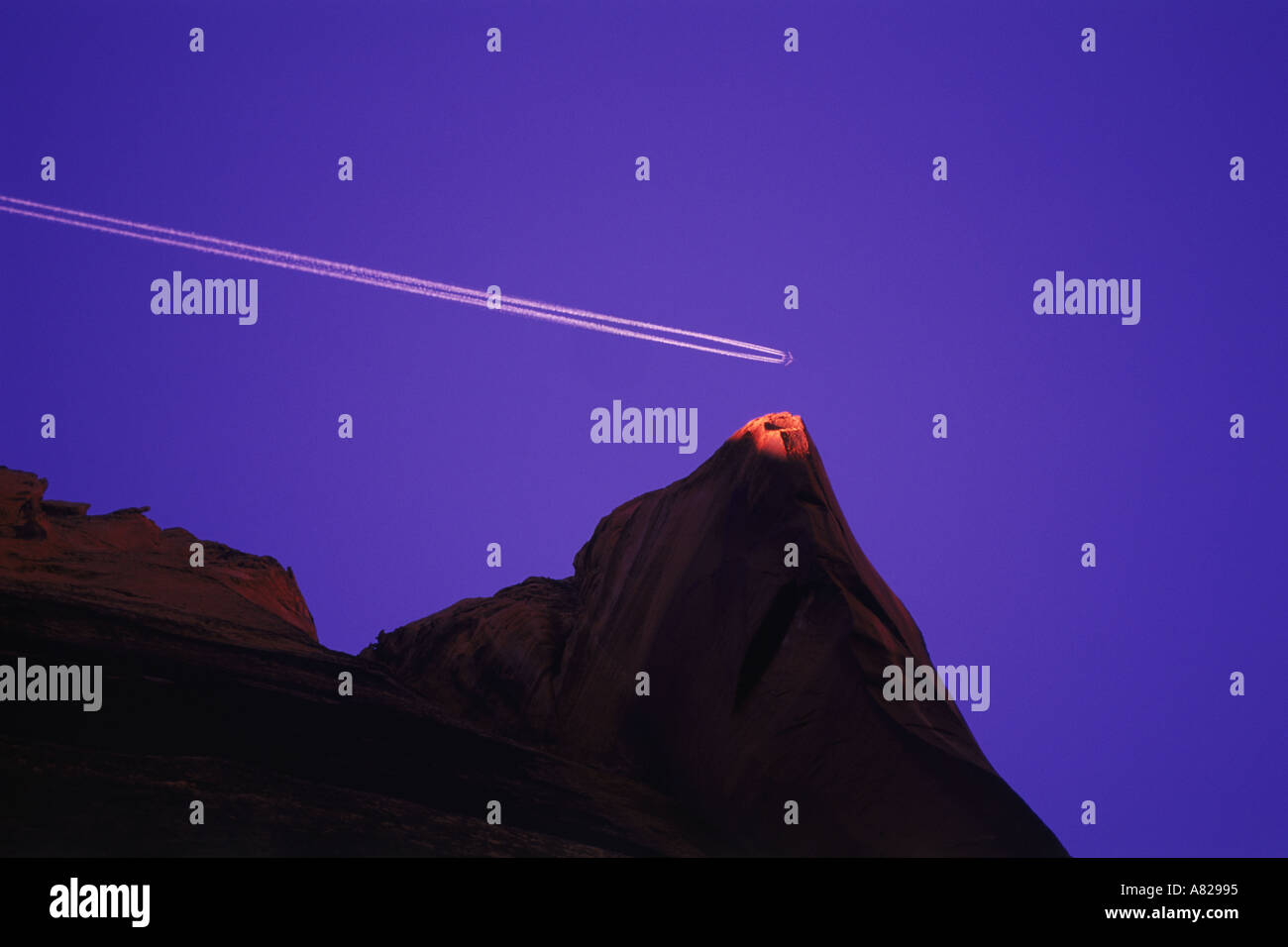 Imagen conceptual que representan ideas como: golpear a su objetivo, hacer un punto o alcanzar tu objetivo Imagen De Stock