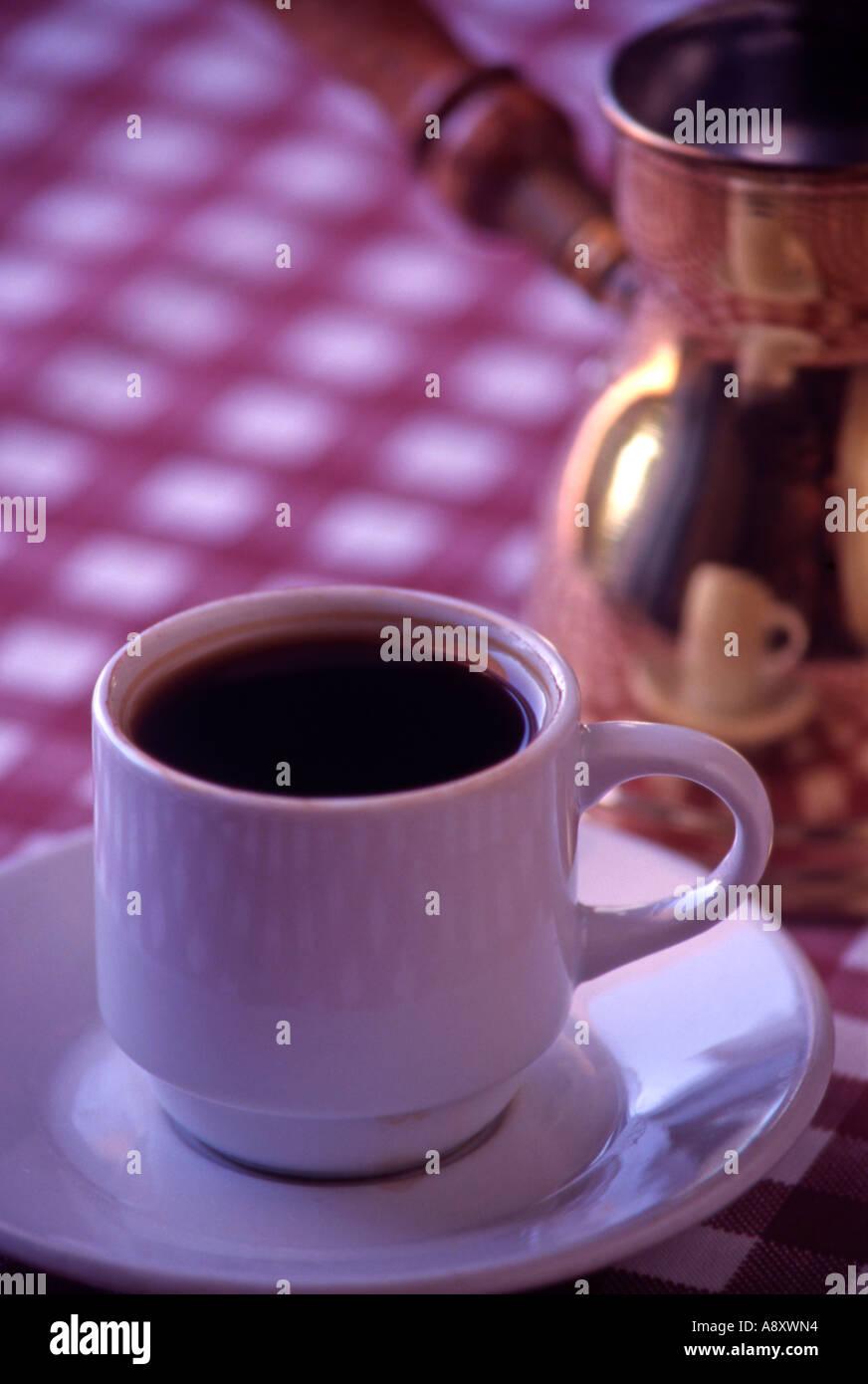 Cafetera Arabe Fotos E Imagenes De Stock Alamy