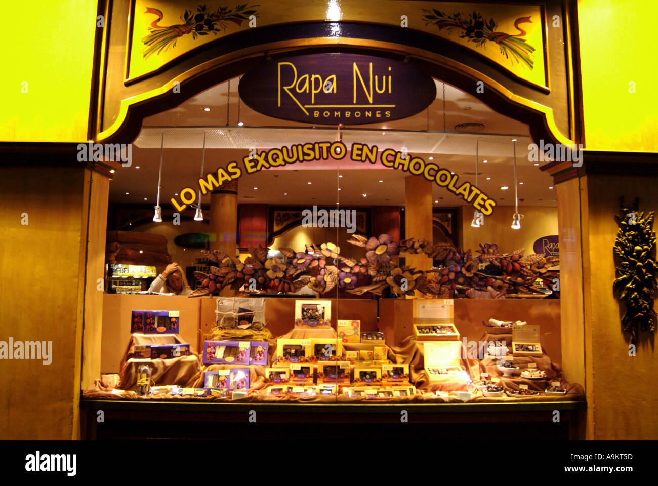 Ventana de la tienda de chocolate bariloche argentina foto imagen de stock 4045916 alamy - Almacenes san carlos ...