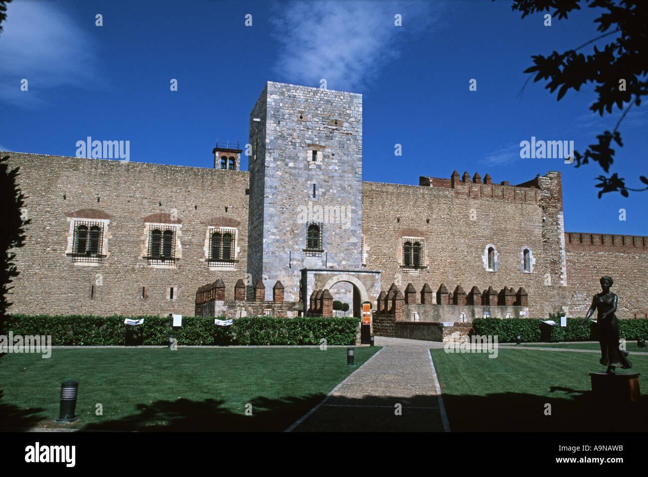 La Torre Del Homenaje En El Palacio De Los Reyes De Mallorca De