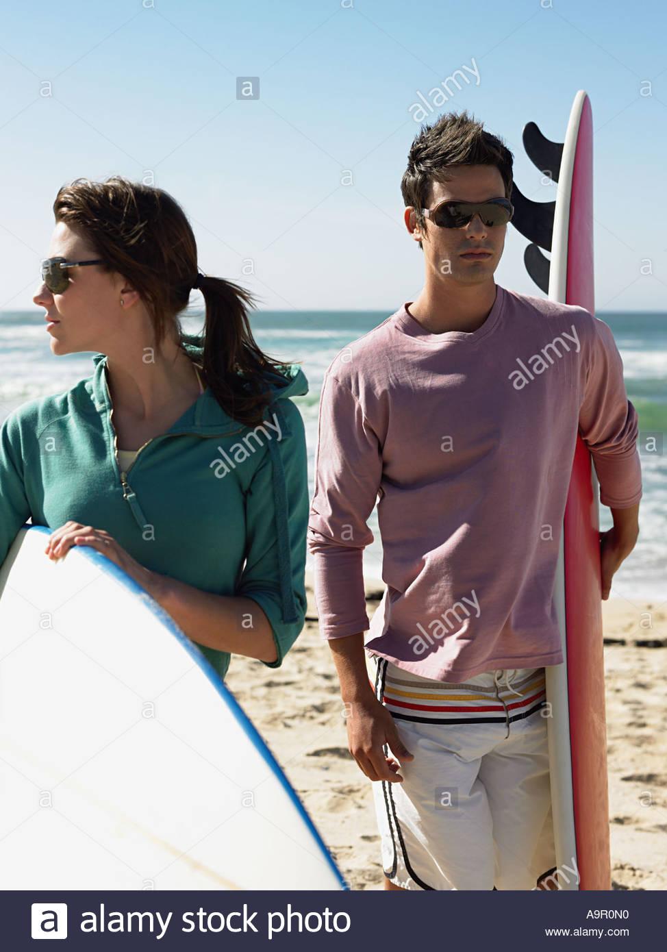 Pareja de surf Foto de stock