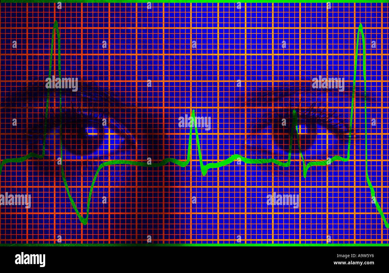 Closeup imagen concepto de mujer médico con impresión de electrocardiograma EKG Imagen De Stock
