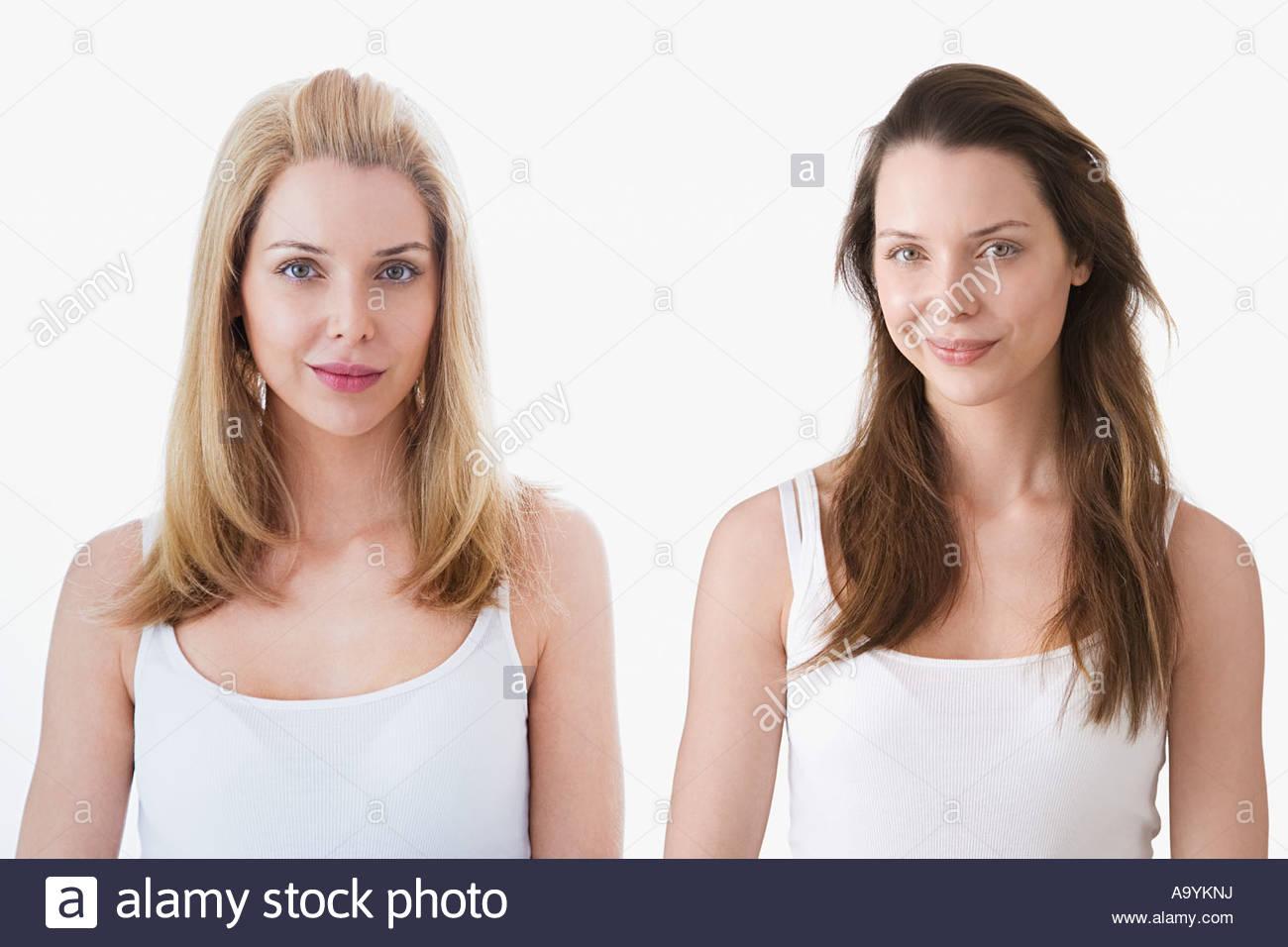 Dos mujeres parecidos Imagen De Stock